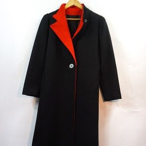 Gorgeous vintage Beau Brem coat with red detail